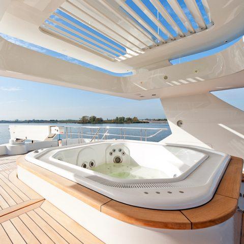 Luxe Jacht Sofia