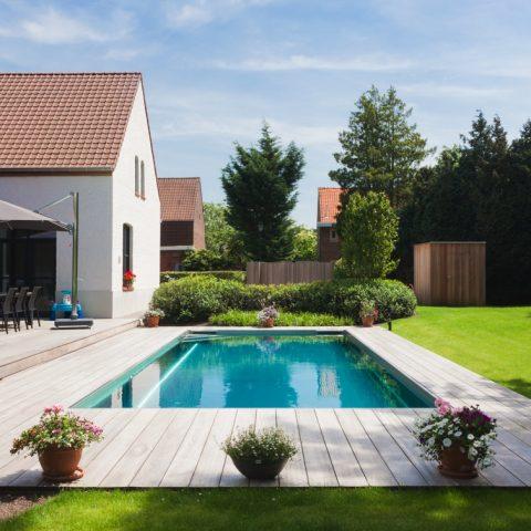 Inox zwembad in landelijke tuin Sint-Martens-Latem