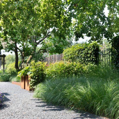Landelijke tuin aan de Oude Rijn