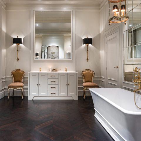 Exclusieve klassieke badkamer