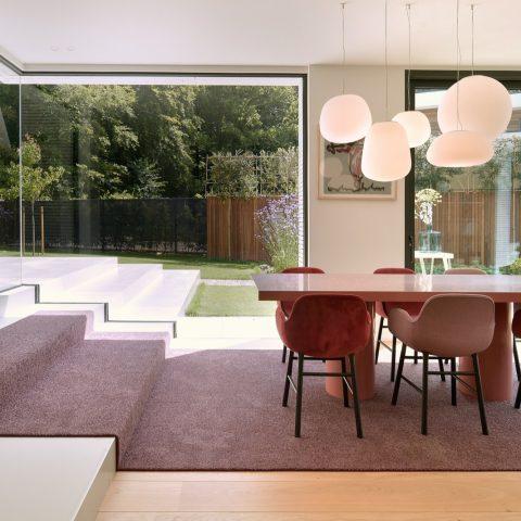 Lichte eiken vloer in prachtige villa