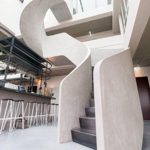 Wenteltrap in beton-look