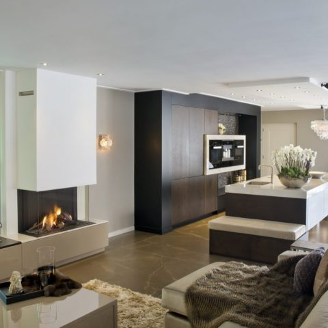 Klassiek modern design interieur met exclusieve keuken