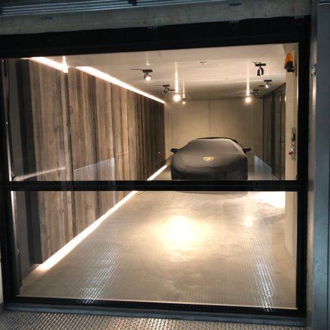 Glazen garagedeur