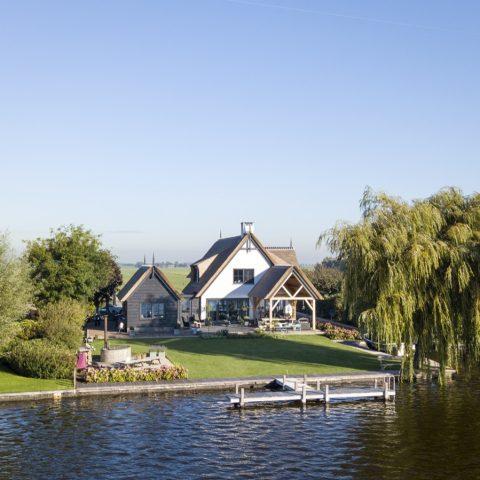 Karakteristieke villa aan de Nieuwkoopse plassen