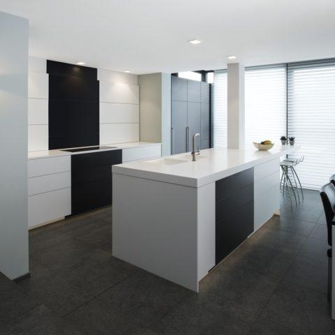 Moderne keuken Kessel-Lo