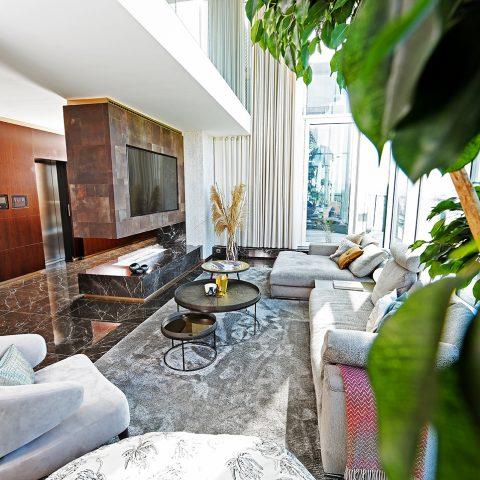Noir Saint Laurent marmer in een zeer luxe appartement in Hasselt