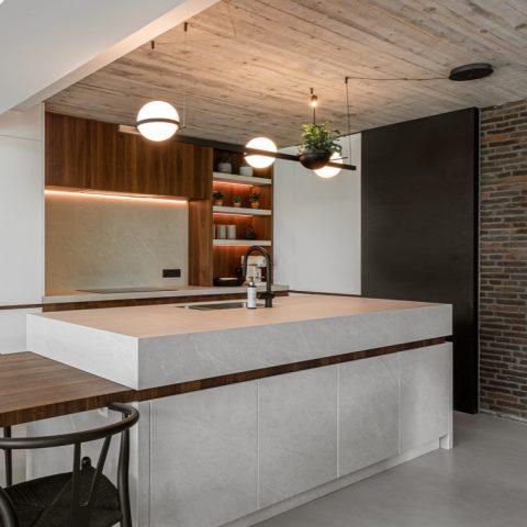 Exclusieve keukenrenovatie in Vosselaar