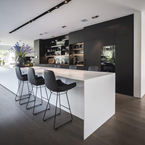 Minimalistische villa Bosch en Duin