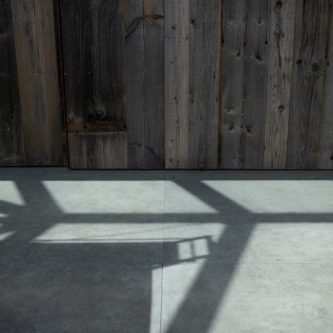 Tijdloos met keramische tegels betonlook
